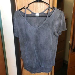 Tillys T-shirt